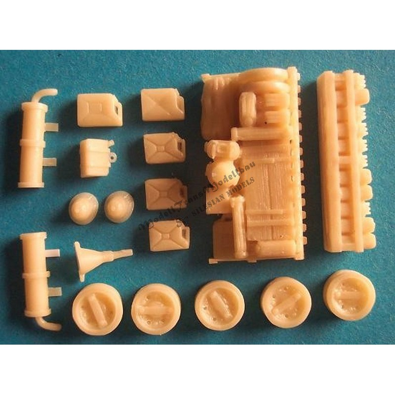 stug-iii-ausf-bcd-stowage-set-inkl-parts-for-afrika-korps.jpg