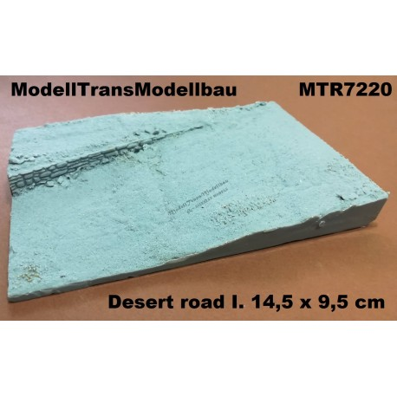 Desert road I. 14,5 x 9,5 cm.