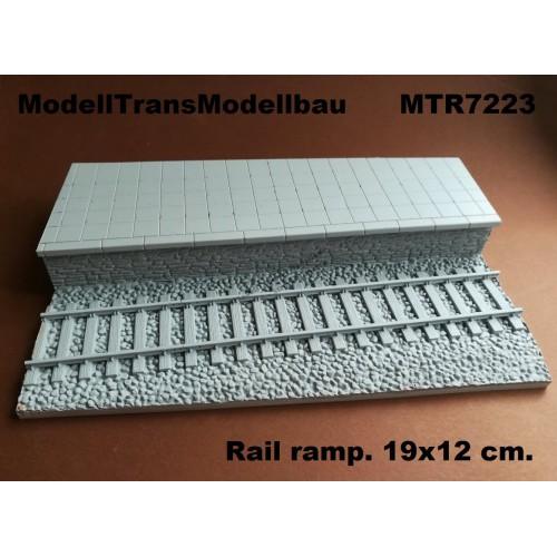 Rail ramp. 19x12 cm.