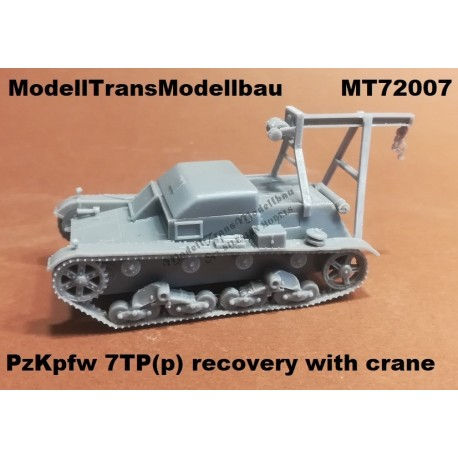 Pz.Kpfw. 7TP (p) recovery with crane.