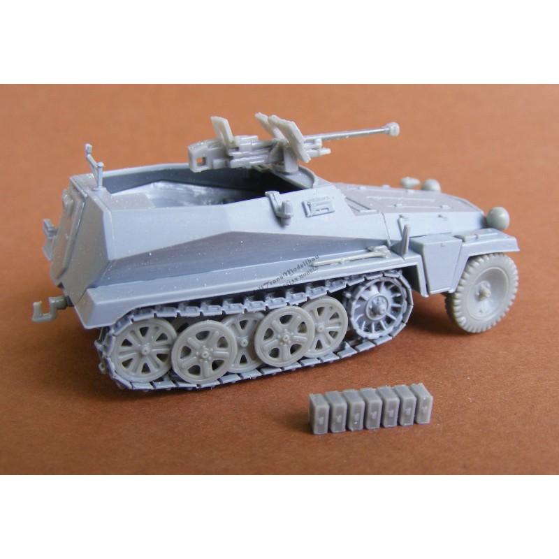 SdKfz 250/11 mit 2,8 cm Panzerbüchse 41.