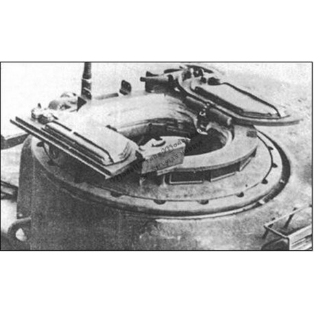 Sherman Firefly turret with Mk.II cuppola.