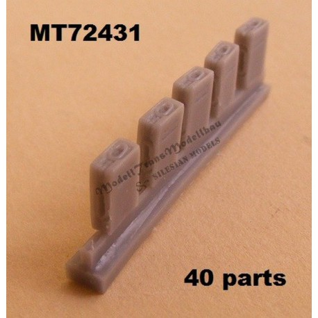 Ammoboxes for 2 cm Flak 30/38. 40 parts.